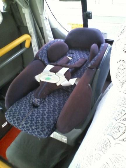 乳児用チャイルドシートを設置した場合