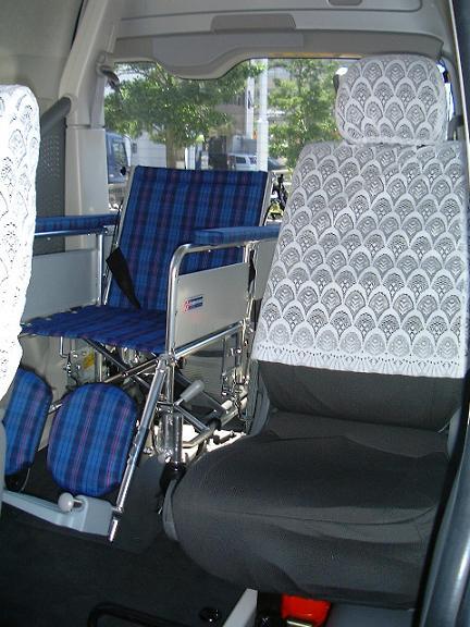 4列目に車椅子でご乗車戴いた時の写真。